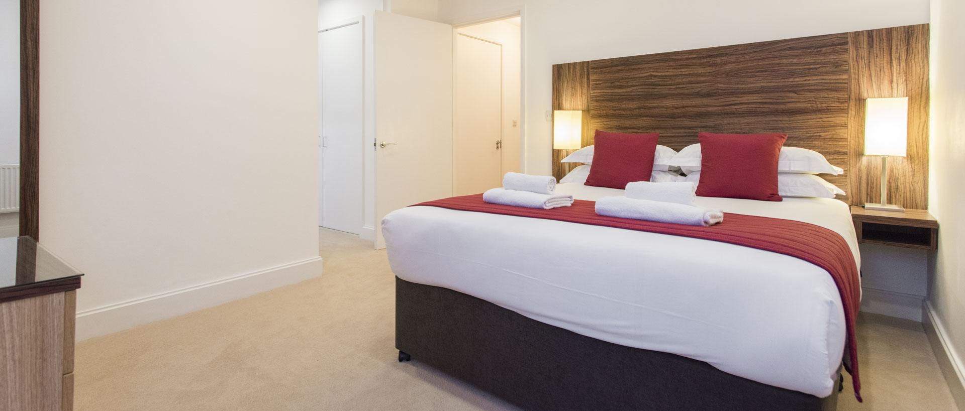Modern double bedroom in PREMIER SUITES Bristol Cabot Circus